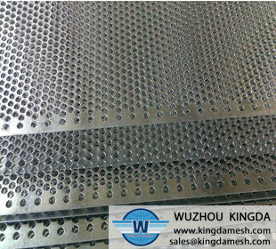 304-Stainless-Steel-Perforated-Metal-Sheet-1