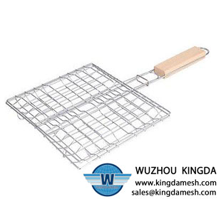 BBQ rack with wooden handle