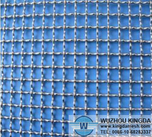 Low carbon steel crimped wire netting