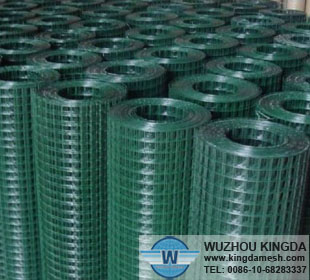 PVC coated welded wire roll