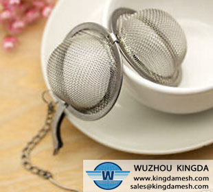 Wire mesh tea infuser